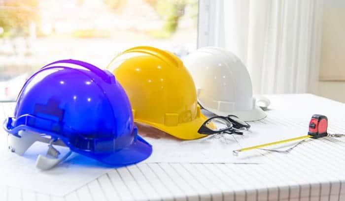 Different-color-hard-hats-