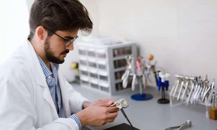 glasses-repair-kit