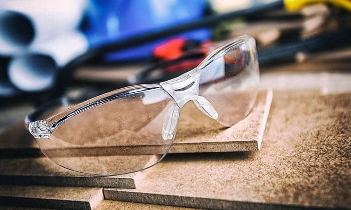 safety-glasses-with-bifocals