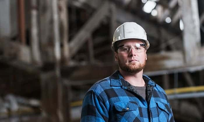 How-do-they-make-safety-glasses
