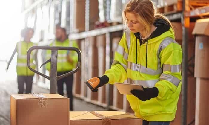 best-gloves-for-handling-cardboard-boxes