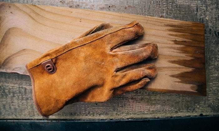 Can-you-put-leather-work-gloves-in-the-washing-machine