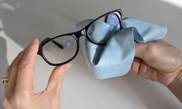 Can-you-wash-a-microfiber-lens-cloth