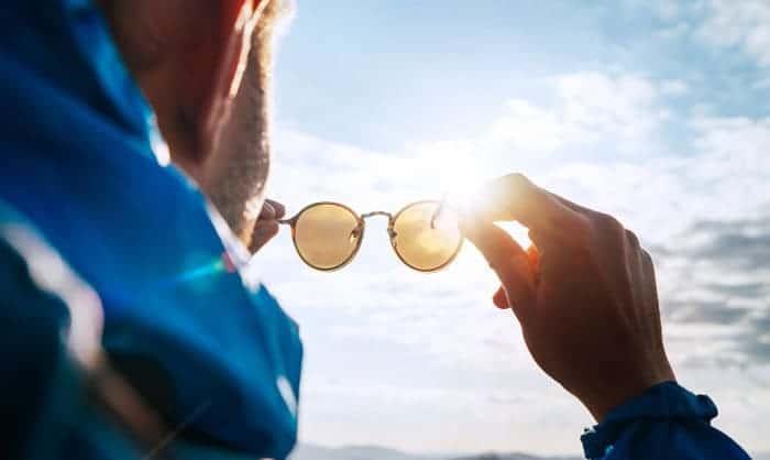wearing-sunglasses-over-glasses