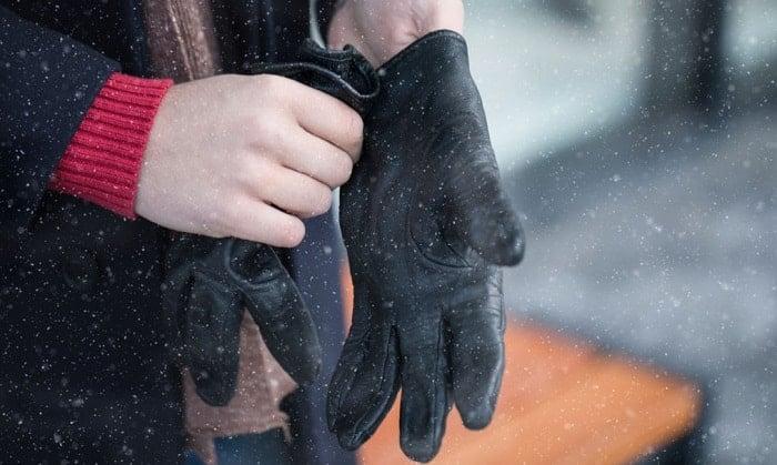 best lightweight winter gloves