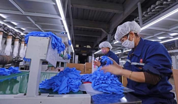 blue-nitrile-gloves