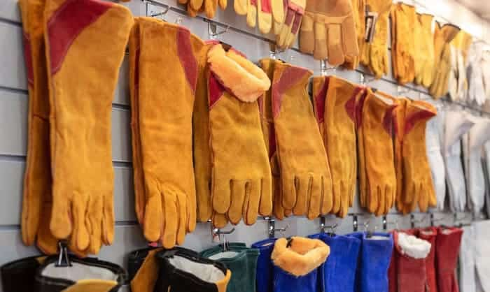 fire-resistant-gloves
