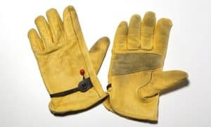 how to clean deerskin leather gloves
