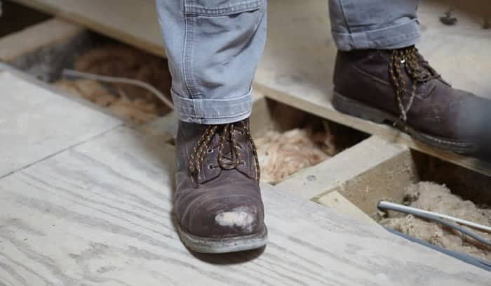 work-boots-with-steel-shanks