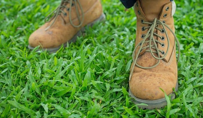 chippewa-logger-boots