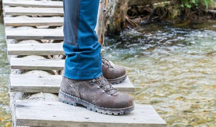 make-steel-toe-boots-more-comfortable