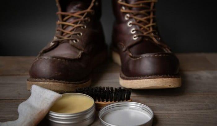 wash-work-boots